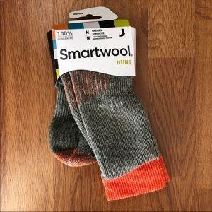 smartwool   hunt merino wool crew sock orange med